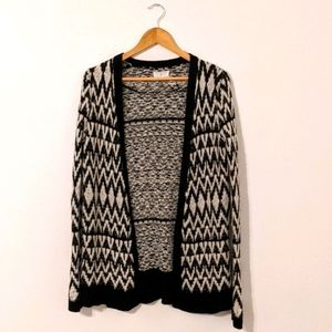 Lou & Grey Black and White Sweater XS